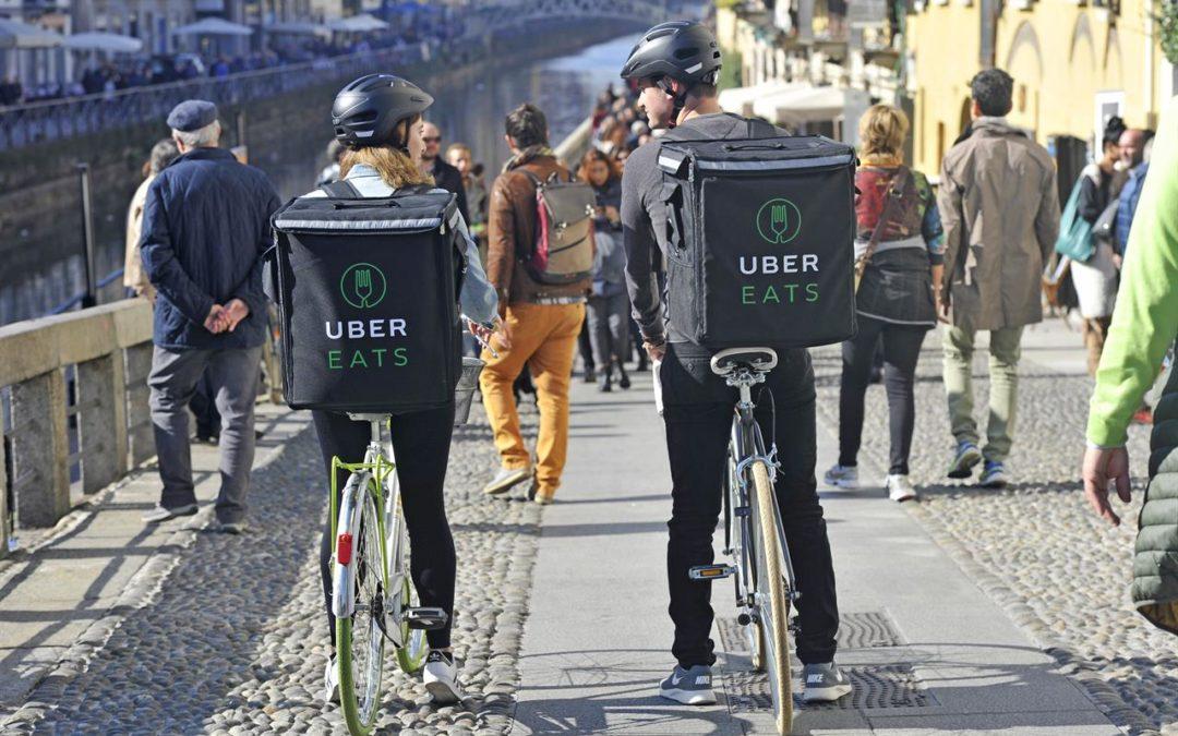 Rivoluzione Uber: da oggi consegna cibo a domicilio e sfida Foodora