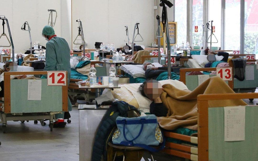 Chi salvare durante una pandemia se non si possono curare tutti, secondo l'etica medica